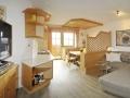Wohnzimmer - Couch - Ferienwohnung-1 - Haus Melody
