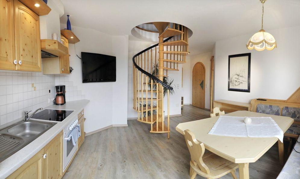 Küchentisch/TV - Ferienwohnung-2 - Haus Melody