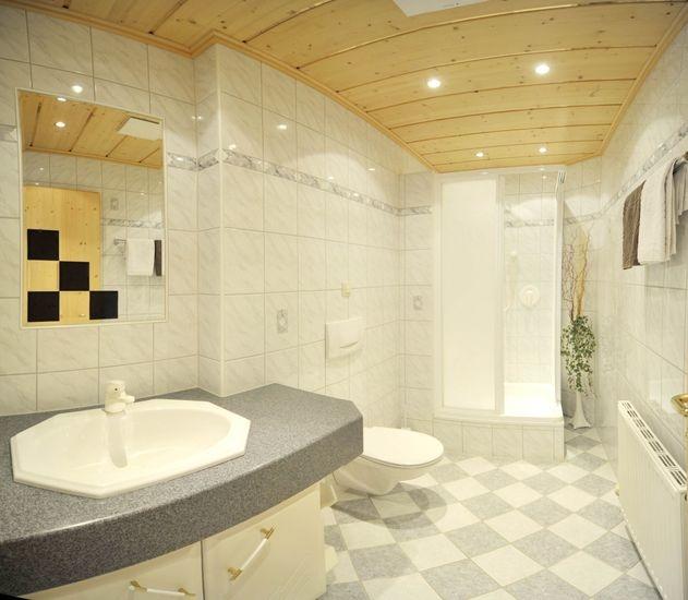 Dusche/WC #1 - Ferienwohnung-2 - Haus Melody